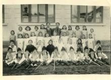 1949 piesa Fetita Orfana